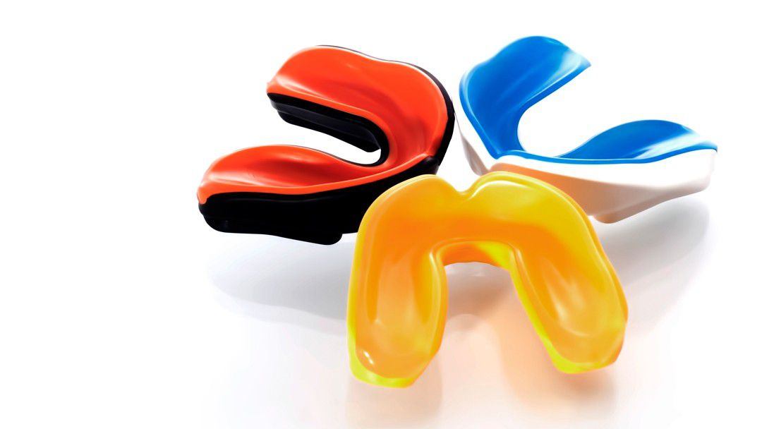mouth guard to protect teeth from damage